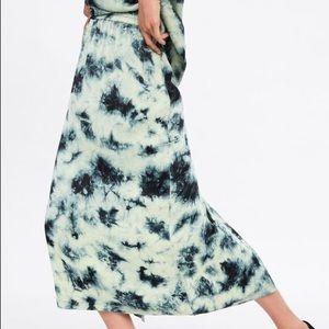NWT Zara Tie Dye Batik Midi Skirt